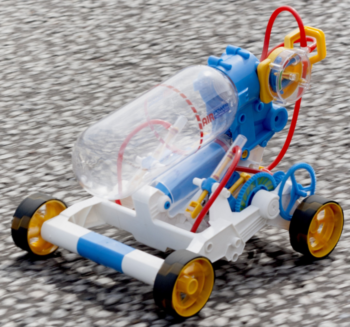 Kit robotica de constructie masina cu motor pe aer [0]