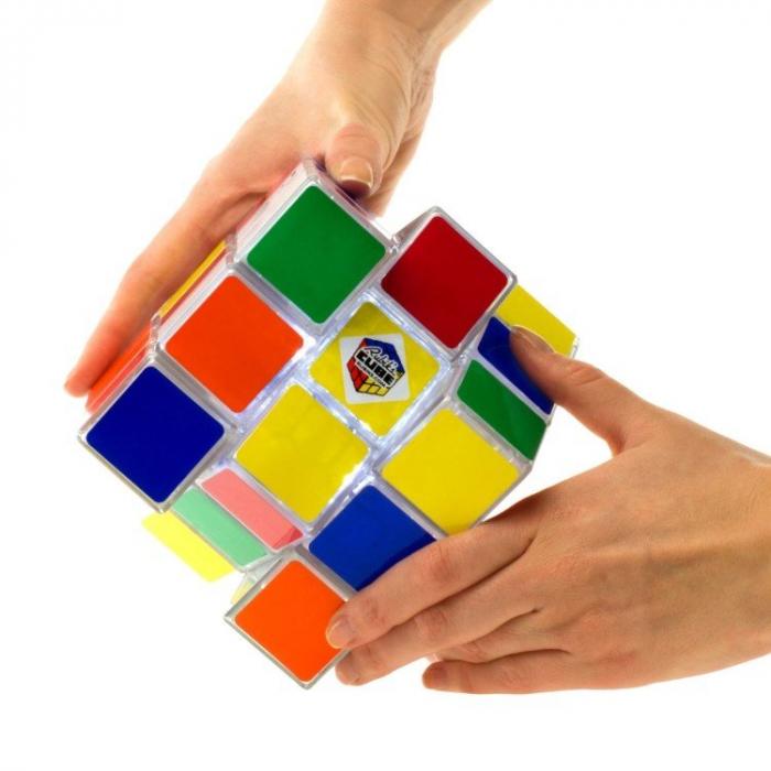 Lampa Cubul lui Rubik 2