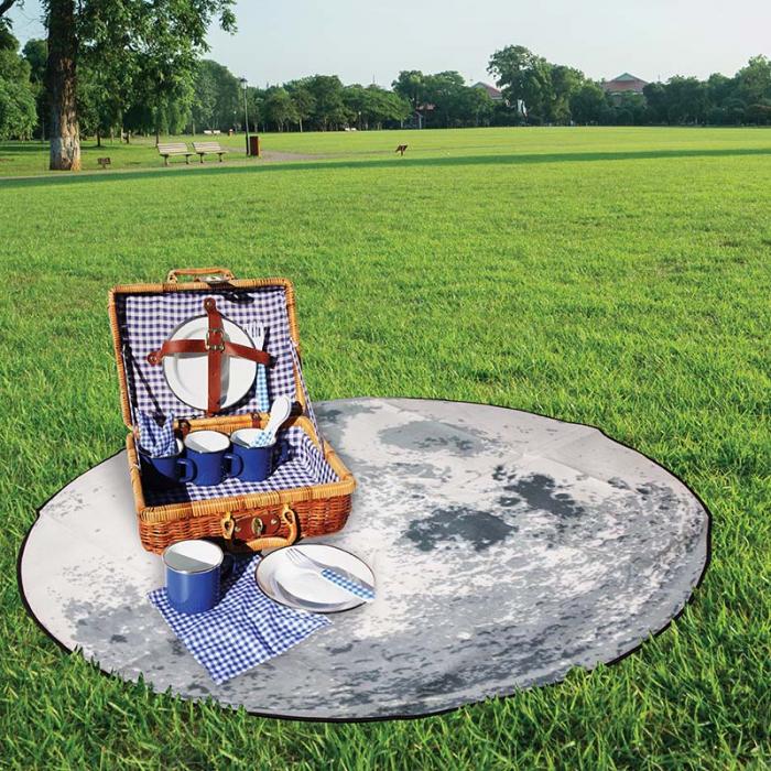 Patura de picnic in forma de Luna
