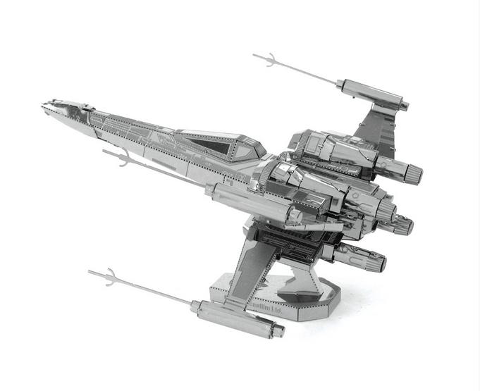 Star Wars - Poe Dameron X-Wing Fighter 0