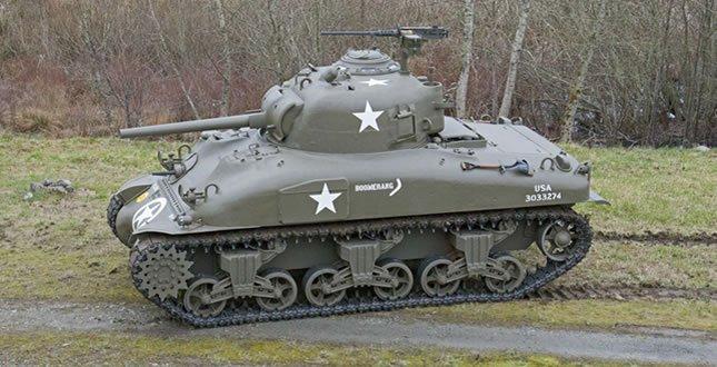 Tanc modelul Sherman 1