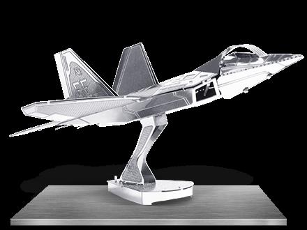 Avionul de lupta F-22 Raptor0