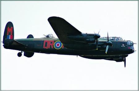 Bombardierul Lancaster1