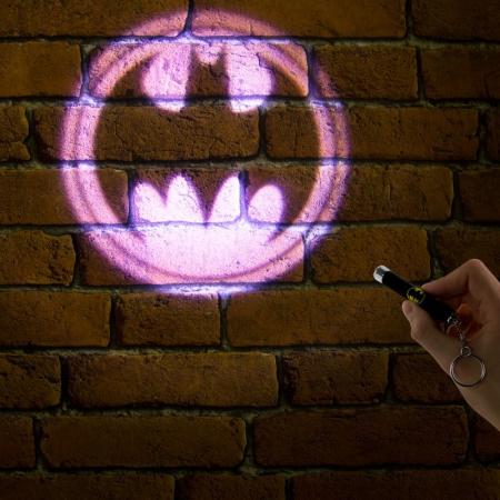 Breloc cu lumini Batman0