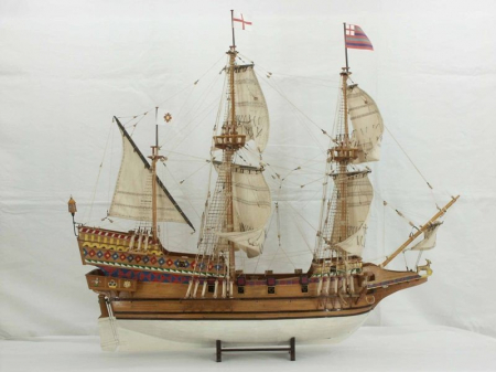 Corabia The Golden Hind1