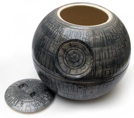 Recipient pentru prajituri Death Star2