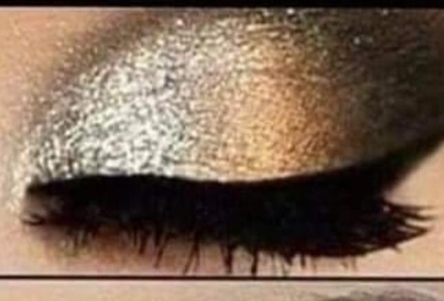 Fard de ochi in doua culori perlate 3