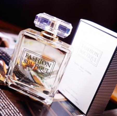 Apa de parfum Fashion Boutique 100 ml0