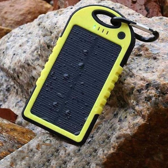 Baterie externa cu incarcare solara si LED, GMO, Solar Charger, 8000 mAh 1