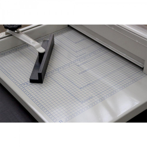 Ghilotina manuala profesionala, YG 8582