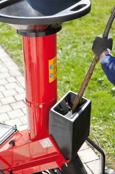 Tocator cu cutit electric 2.5 kW solo by AL-KO TCS 2500 4