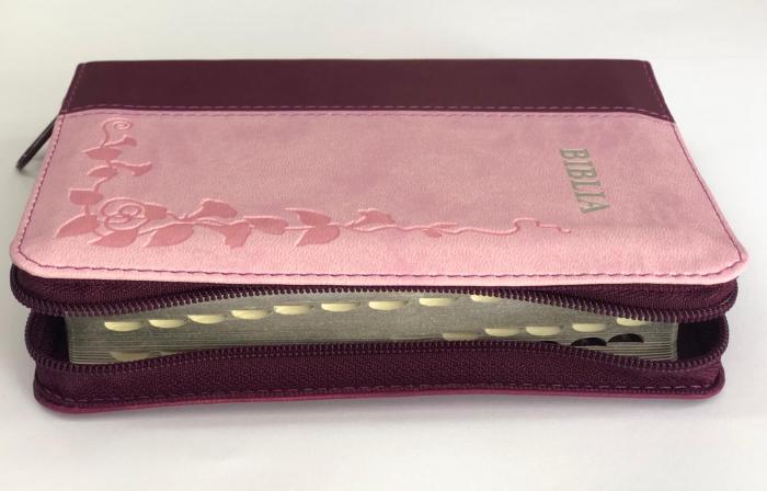 Biblie mica de lux, nuante de roz, fermoar, margini argintate si index de cautare