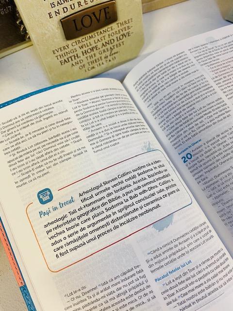Biblia adolescentului - coperta verde 11