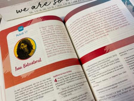 Biblia adolescentului - coperta rosie3