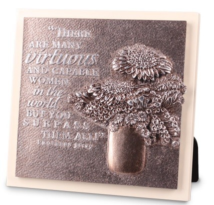 Placa mica in relief - Virtuous woman1
