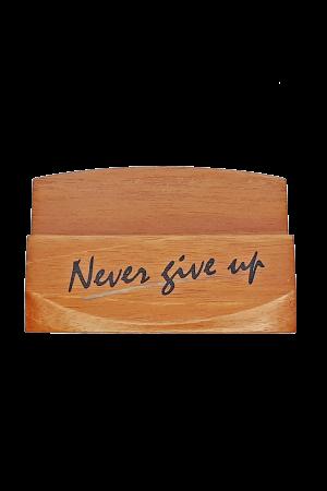 Suport pentru cărți de vizită - Never give up - GBC05-3991
