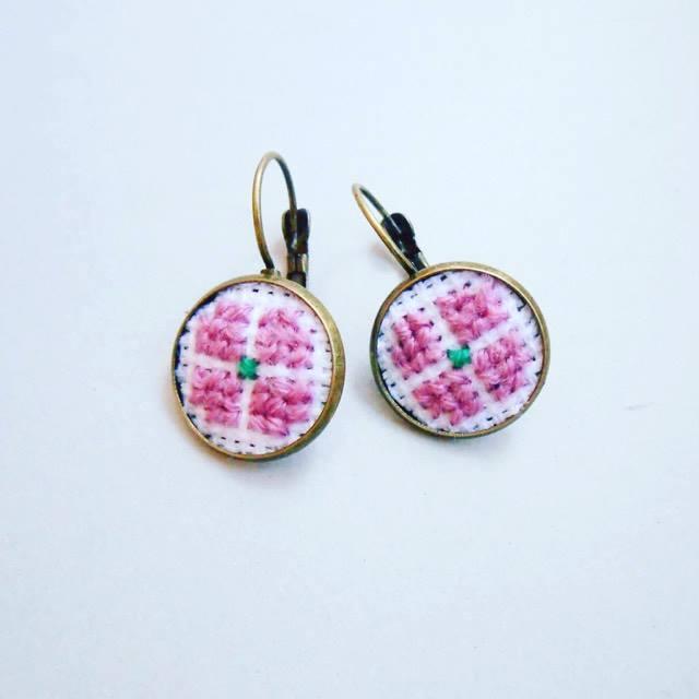 Cercei roz prafuit 1