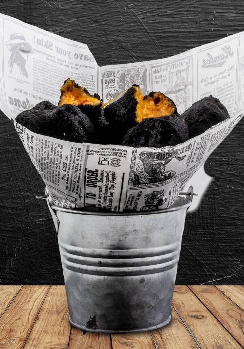 Black potatoes 0