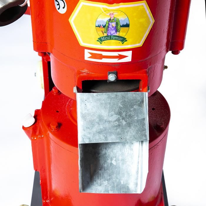 Granulator furaje Micul Fermier FP200 fara motor [4]
