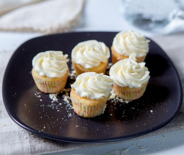 Mini-brioșe cu vanilie