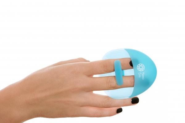 Burete curatare faciala albastru Hana Emi, din silicon alimentar moale si felxibil pentru curățarea în profunzime a tenului si masaj facial 1