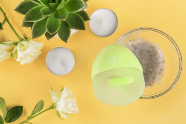 Burete curatare faciala verde Hana Emi, din silicon alimentar moale si felxibil pentru curățarea în profunzime a tenului si masaj facial 5