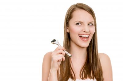 Derma Roller (Rola Dermatologica) Cu Microace Din Titaniu De 0.25 mm0