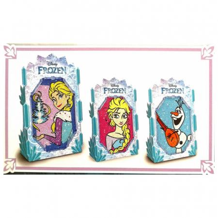 Frozen – Elsa & Olaf, Disney, Set creativ pictura cu nisip colorat, 1 plansa 14,8 x 21 cm, 2 planse 10,5 x 14,8 cm, 3 rame carton, 16 tuburi nisip multicolor, 1 penseta, 3 folii protectie, + 3 ani1