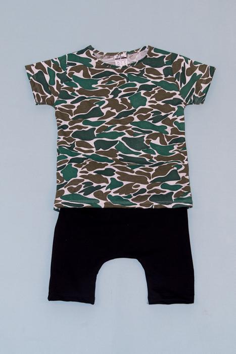 Compleu Tricou Camuflaj cu Pantalon Baggy Negru 0