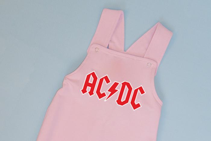 Salopeta Roz cu Bretele AC/DC 1