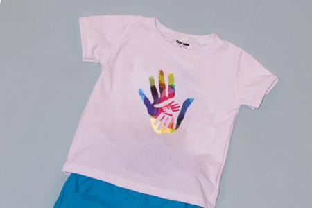 Compleu Tricou Alb cu Pantalon Scurt Albastru Hands1