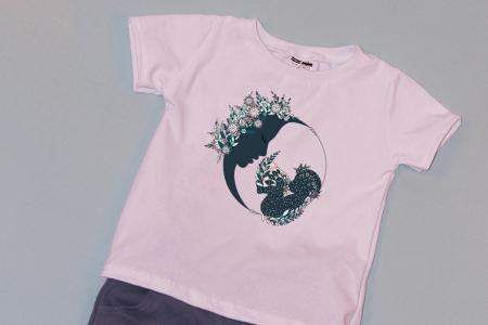 Compleu Tricou Alb cu Pantalon Scurt Gri Moon Flowers1