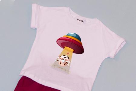 Compleu Tricou Alb cu Pantalon Scurt Rosu Cow1