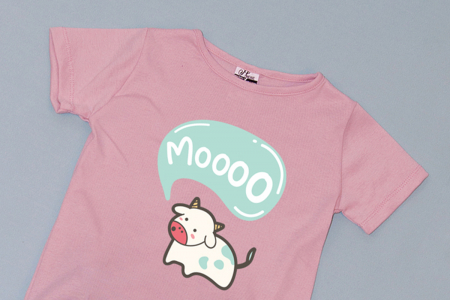 Compleu Tricou Roz cu Pantalon Baggy Gri Mooo1