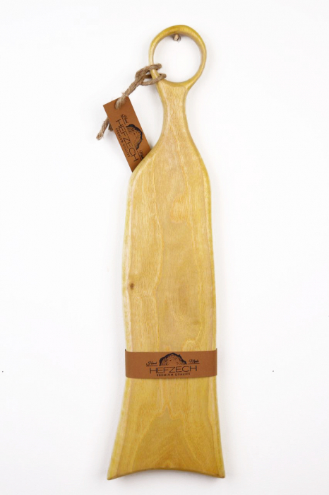 Platou servire din lemn de nuc dintr-o singura bucata, colorat cu turmeric 1