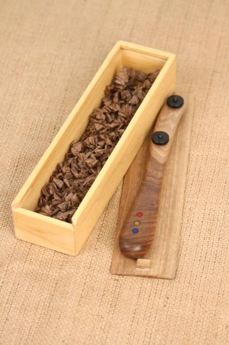 Taietor coca - lemn de nuc 4