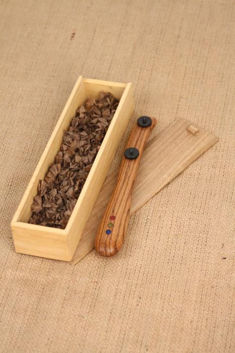 Taietor coca - lemn de nuc 8