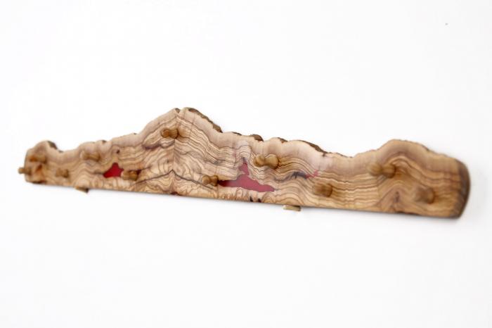 Cuier din lemn de maslin cu insertie de rasina epoxidica 6