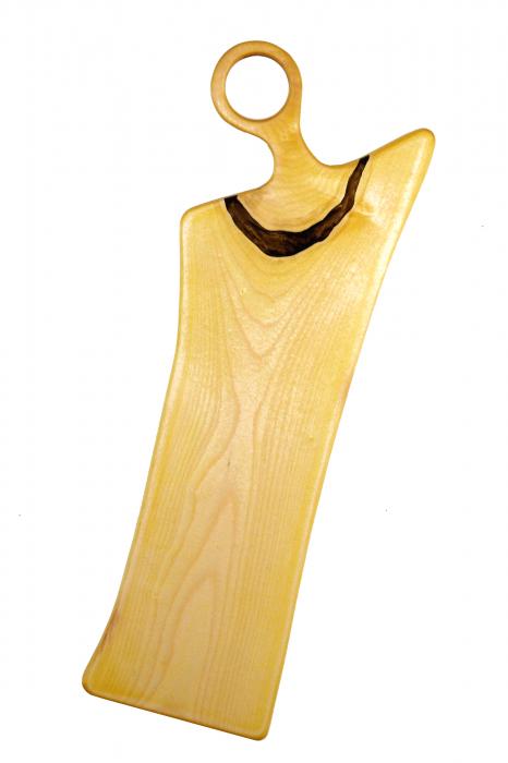Platou de servire din lemn de nuc, colorat cu turmeric diluat in apa 1