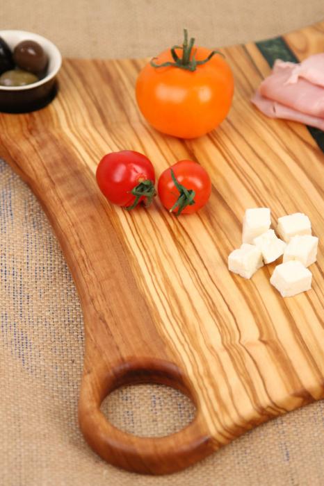 Platou de servire din lemn de maslin cu rasina epoxidica 5