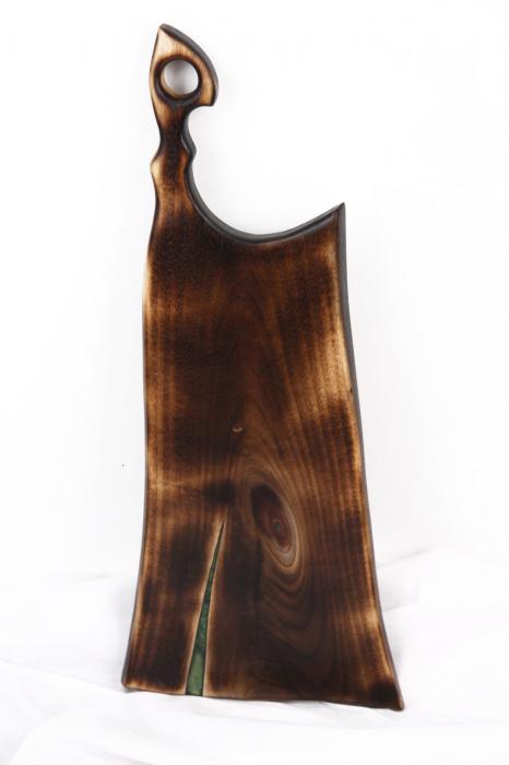 Platou servire din lemn de nuc cu rasina epoxidica [5]