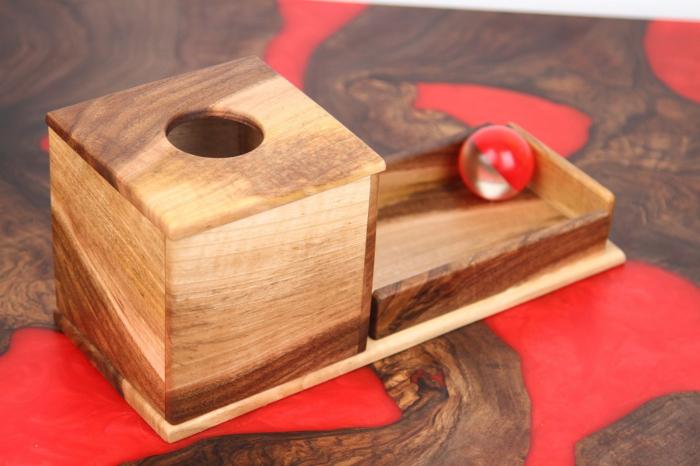 Cutia permanentei cu rampa din lemn masiv (+ 8 luni) 3