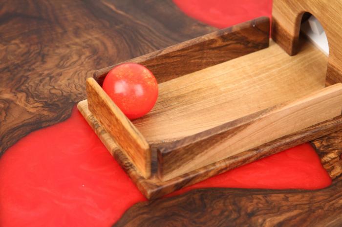 Cutia permanentei cu rampa din lemn masiv (+ 8 luni) 7