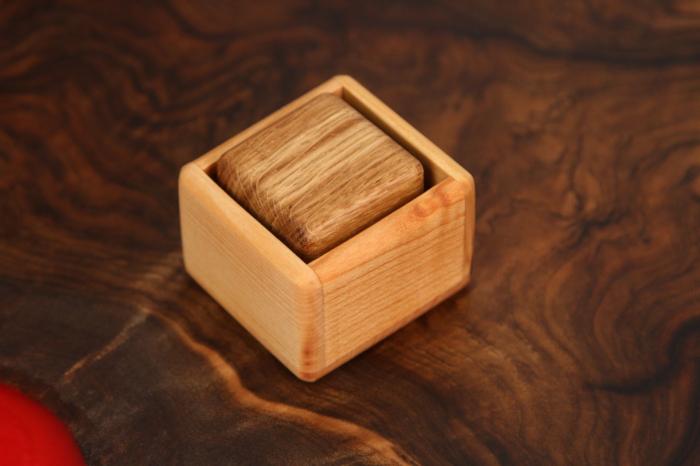 Cub in cutie din lemn masiv (+ 8 luni) 3