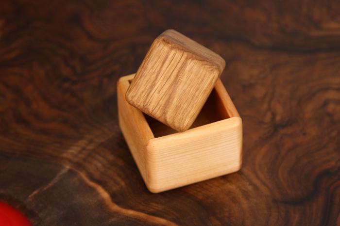 Cub in cutie din lemn masiv (+ 8 luni) 5