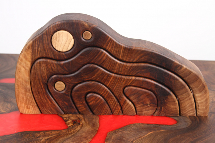 Puzzle decorativ din lemn masiv de nuc. 5