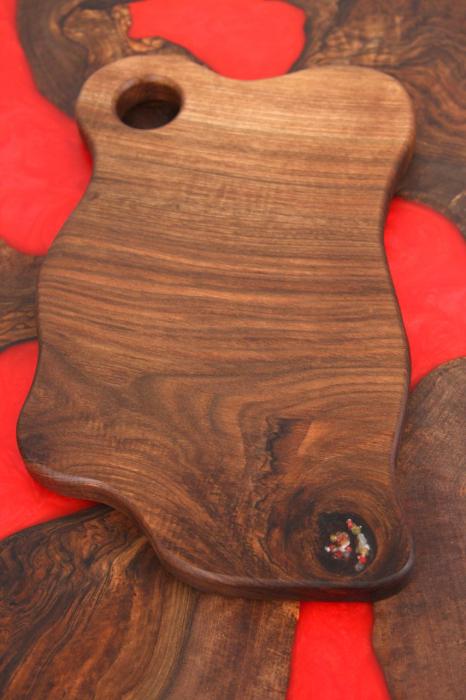 Tocator/Platou servire din lemn de nuc 0