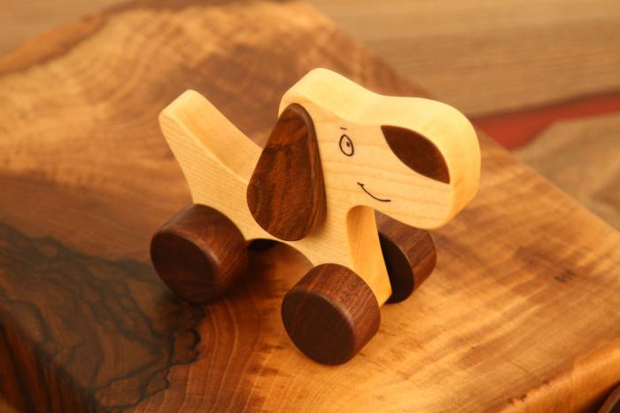 Jucarie din lemn cu roti, in forma de catelus 5
