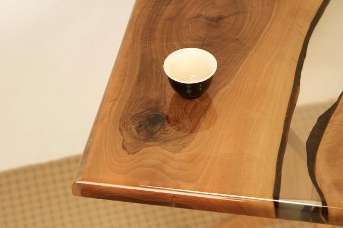 Masa de cafea din lemn de nuc cu rasina transparenta [6]