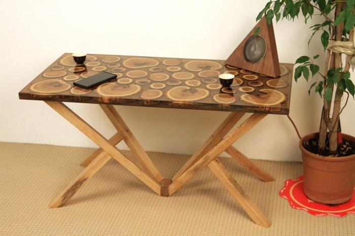 Masa din lemn de salcam inserat in rasina epoxidica transparenta 12